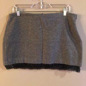 Zara Trafaluc - Mini Skirt Size Large L